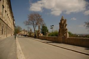 Дорога к собору св.Барбары