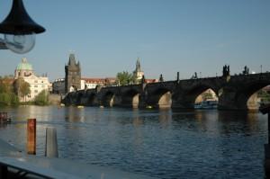 Вид на Карлов мост с ресторанчика